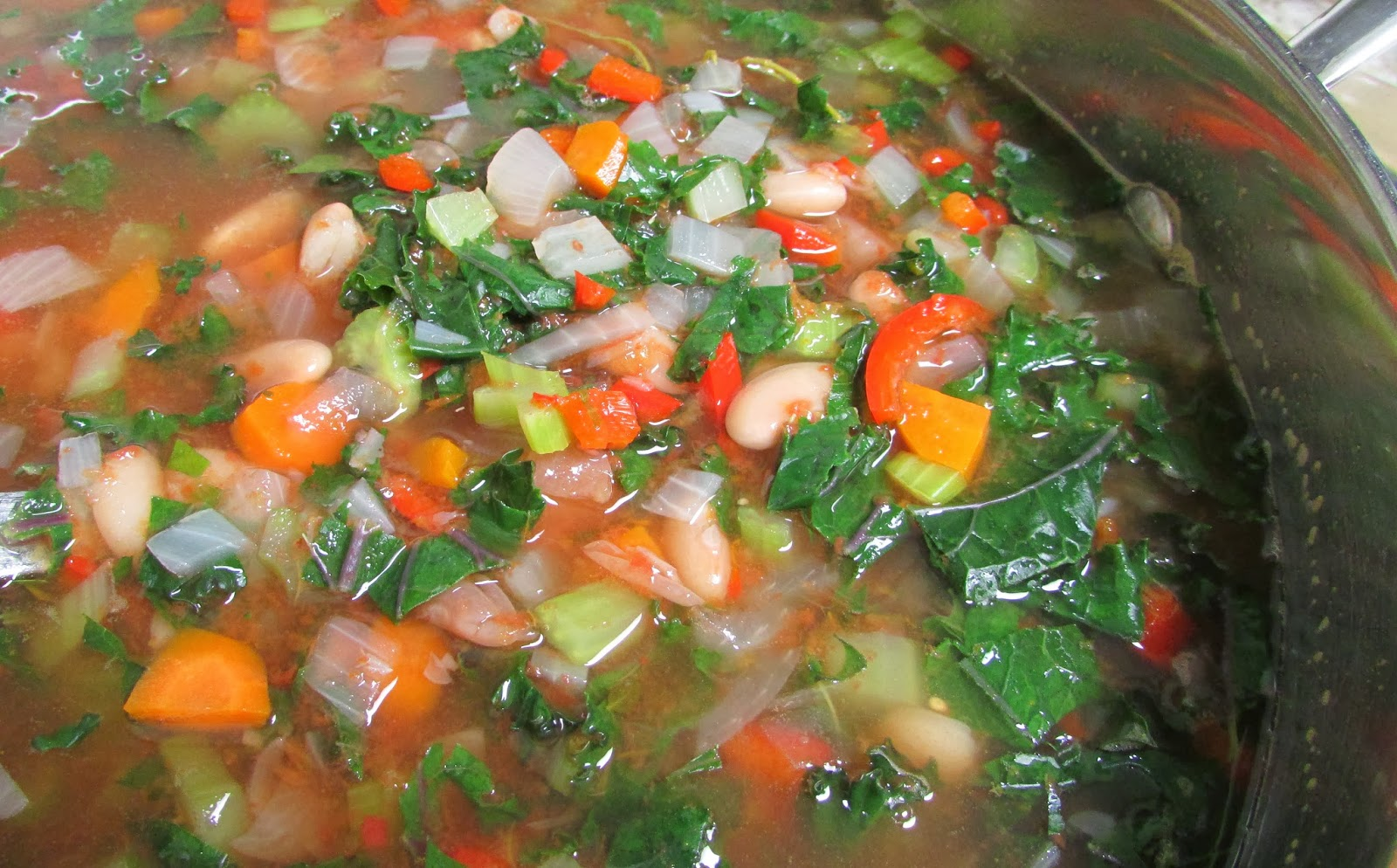 ... Rue, Please: Peruano Bean, Red Kale and Tomato Soup with Parsley Pesto