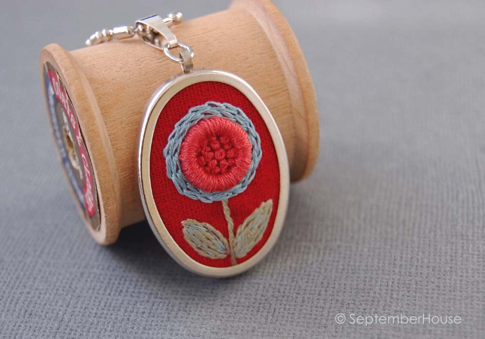 spring hand embroidery bright flower pattern necklace