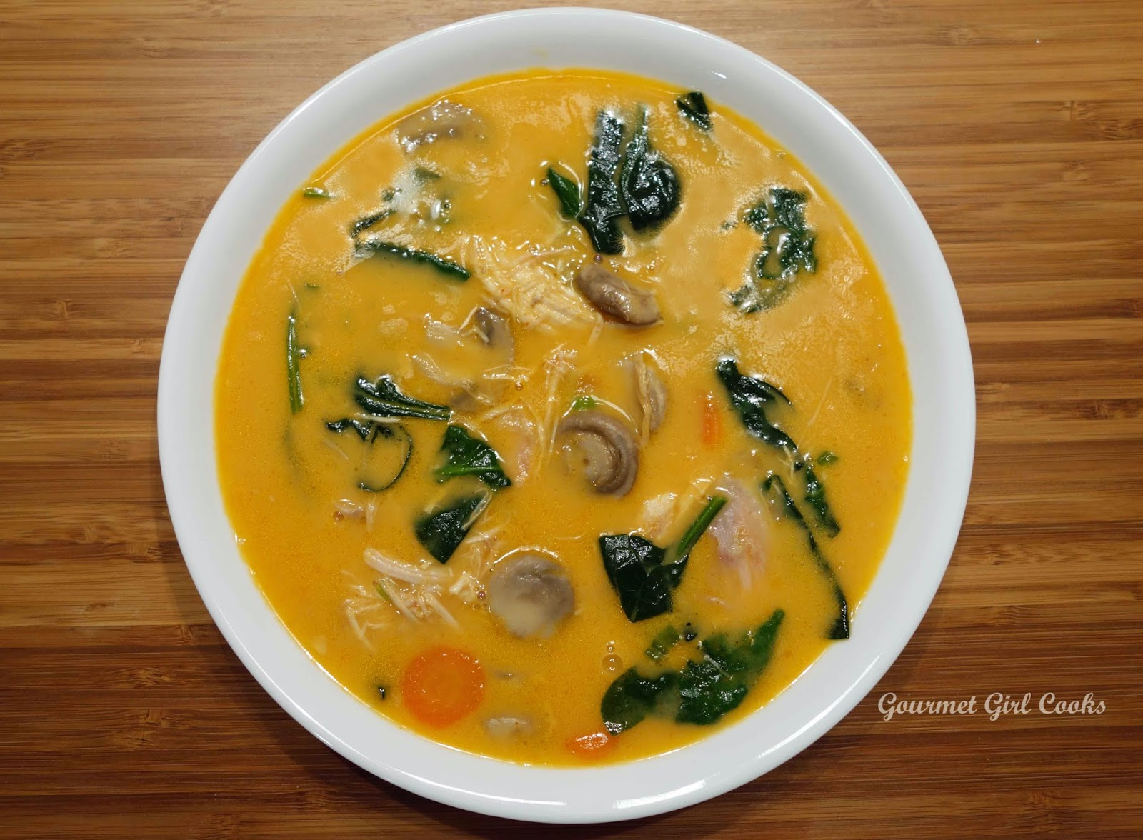 20-Minute Thai Red Curry Noodle Soup With Chicken Recipe — Dishmaps