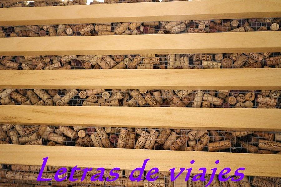 Letras de viajes espa a madrid restaurante vinoteca - Decoracion de vinotecas ...