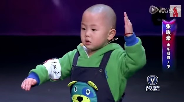Talented dancing 3-year-old boy amazed TV show judges