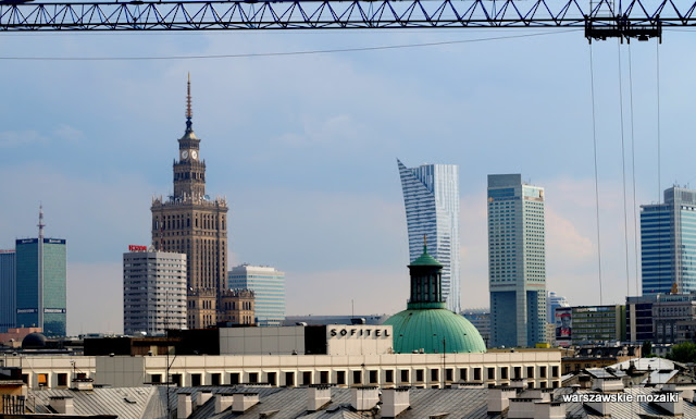 widok panorama Warszawa glorietta wieżowce PKiN