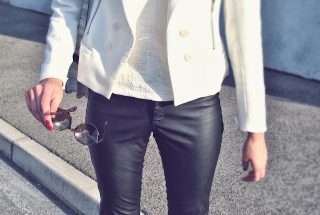 zara, H&Mv leather pants autumn 2013, asos heels, zara blazer, zara off white blazer, zara pattern shirt off white, zara man round sunglasses, fashion blogger, trendy, leather pants, leather look, dragon pattern bag, H&M box bag, hm bag, h&m red green white bag