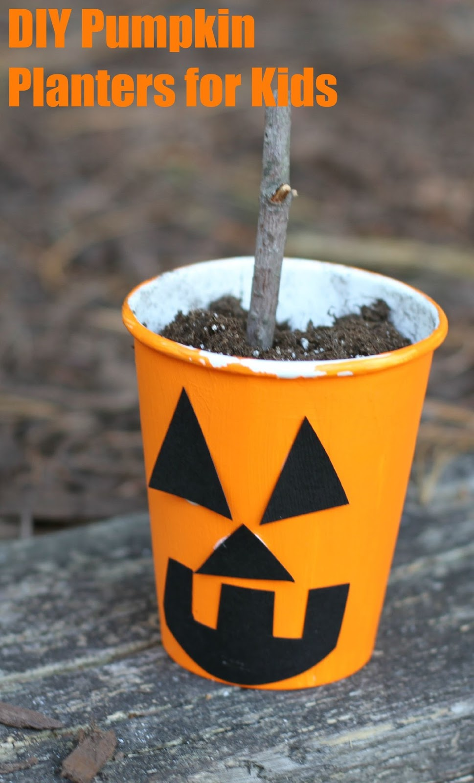 5 halloween crafts for kids easy projects to make with kids. Black Bedroom Furniture Sets. Home Design Ideas