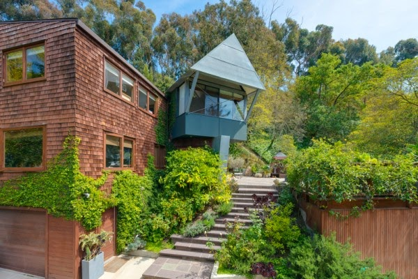 Rustic Canyon Modern Treehouse