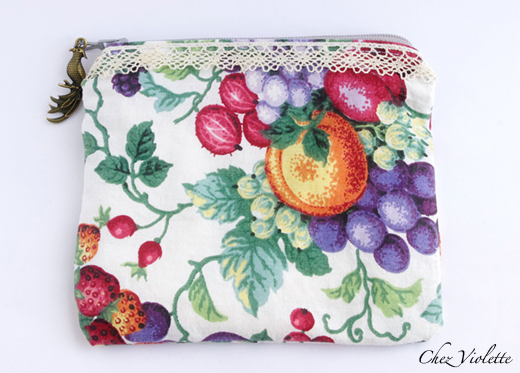 Retro Zipper pouch : Vintage fruit fabric + French antic lace (1920)