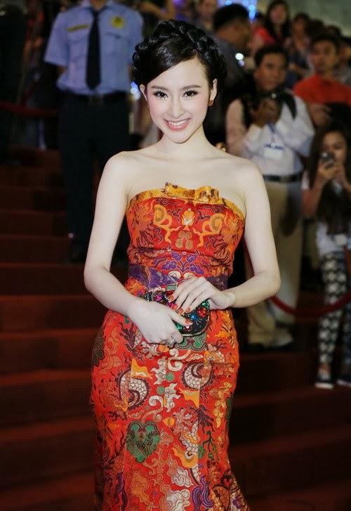 Phương Trinh xinh đẹp đè bẹp dàn hot girl việt|raw