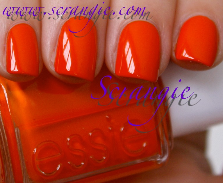 Scrangie: Essie Navigate Her Collection Spring 2012 Swatches and Review