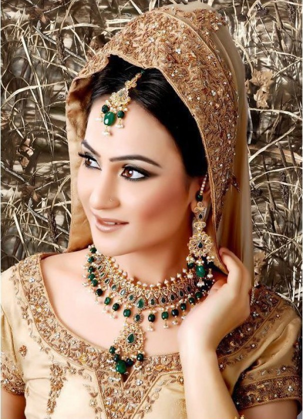 Latest+Bridal+Jewellery+designs+in+Pakistan+2012+5.jpg