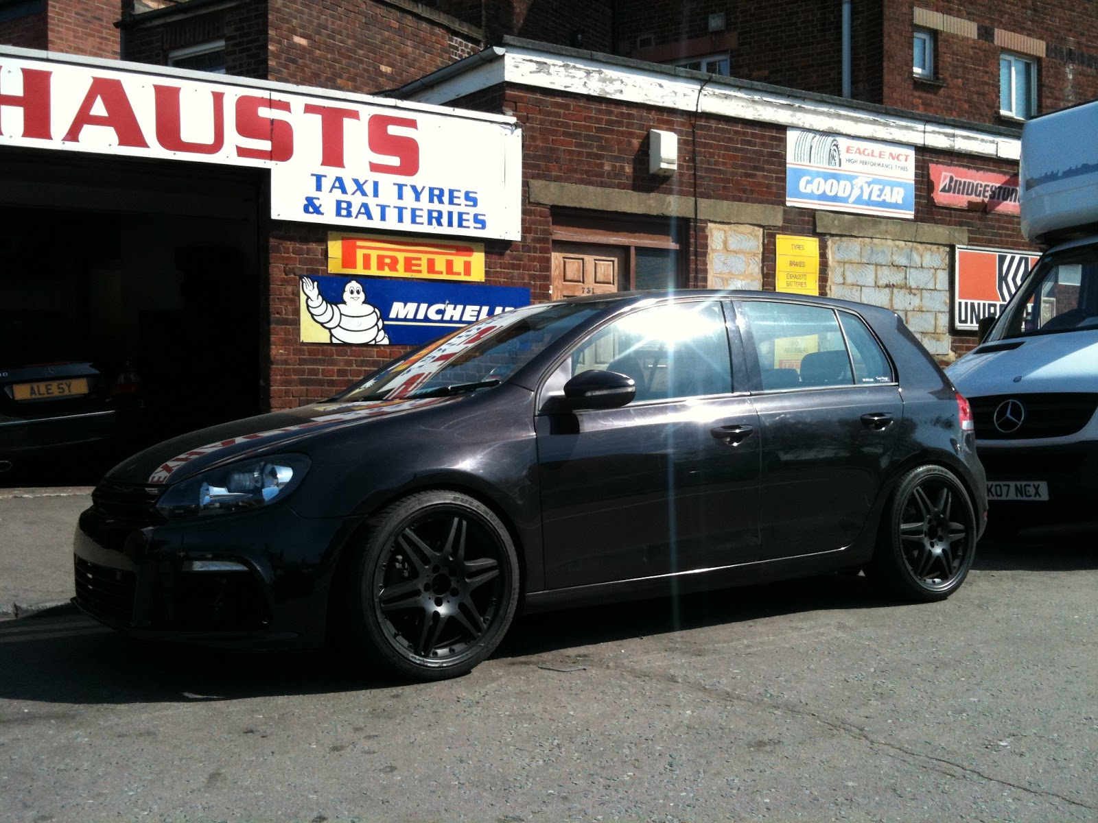 19 brabus monoblock vi wheels fitted to vw golf mk6. Black Bedroom Furniture Sets. Home Design Ideas