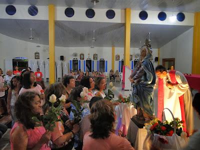 http://armaduracristao.blogspot.com.br/2013/11/missa-e-adoracao-com-momento-mariano-na.html