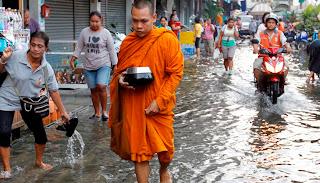νεκροι, ταιλανδη, πλημμυρες, κυβερνηση