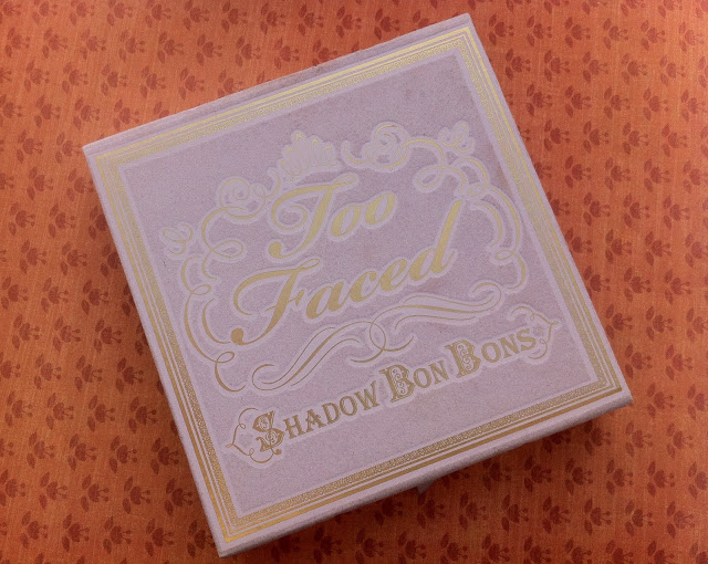 Too Faced Shadow Bon Bons closed palette - lilac flocked on the ouside