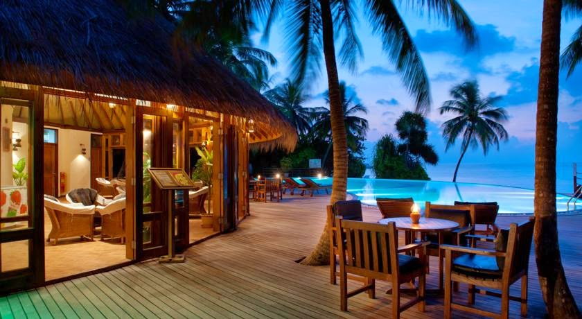Vilu Reef Beach & Spa Resort Maldives
