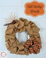 http://www.aglimpseinsideblog.com/2014/08/fall-burlap-wreath.html