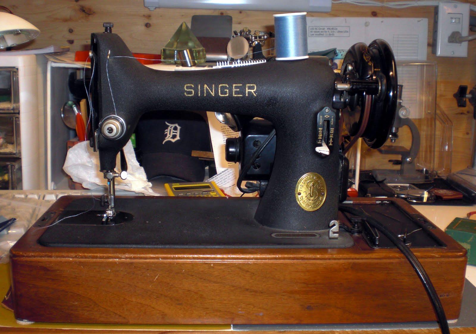 Mi vintage sewing machines singer 99 24 1947 for Decor 99 sewing machine
