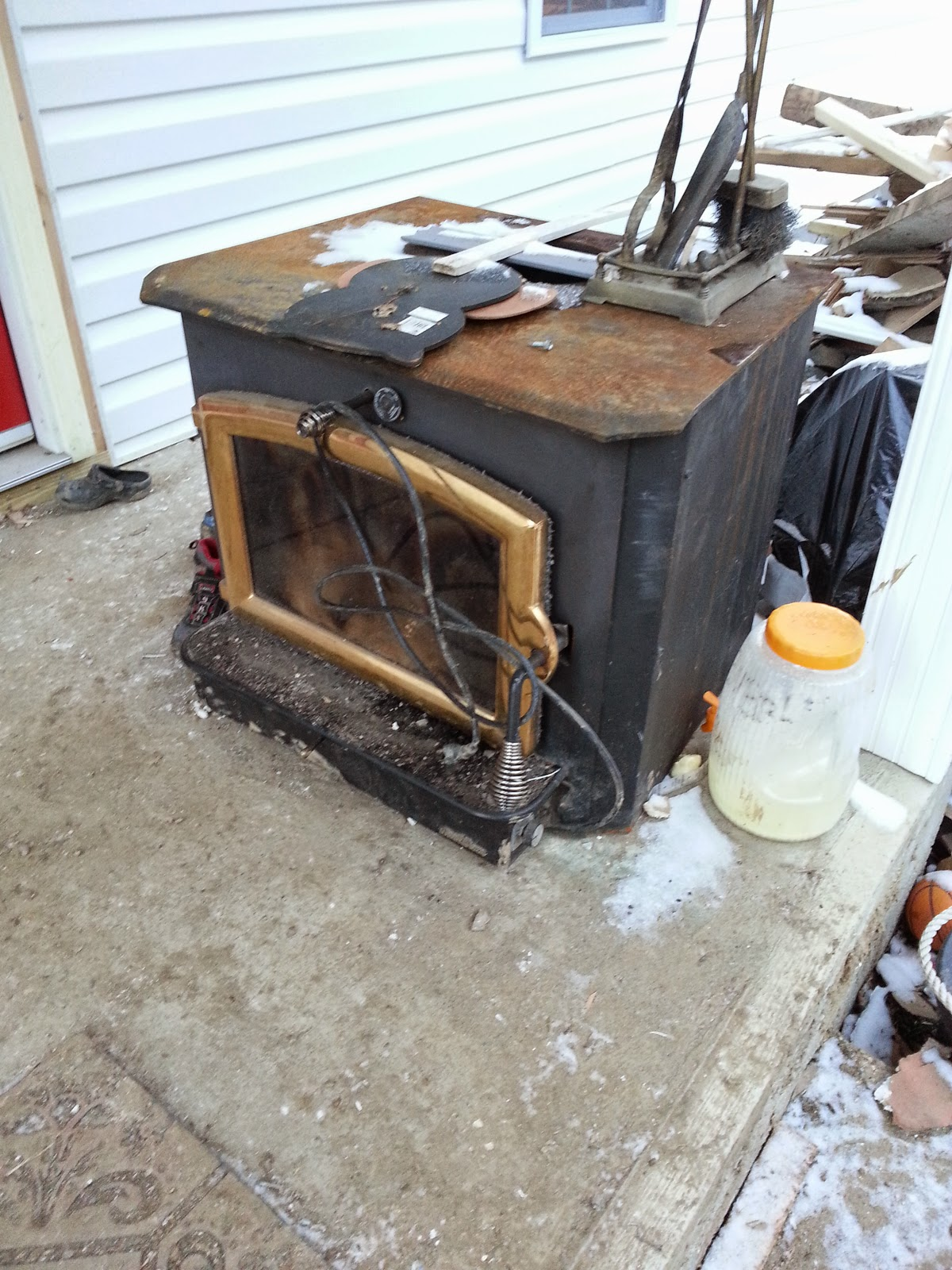 ADHDiY: Fireplace Installation