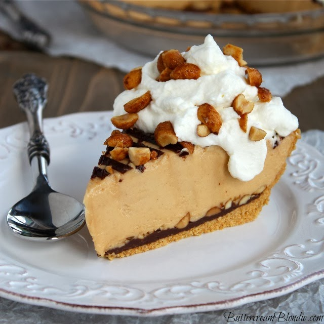 Ultimate No-Bake Peanut Butter Pie from Buttercream Blondie