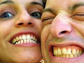 Cara Memutihkan Gigi Kuning Secara Alami, gigi putih, gigi kuning, kesehatan