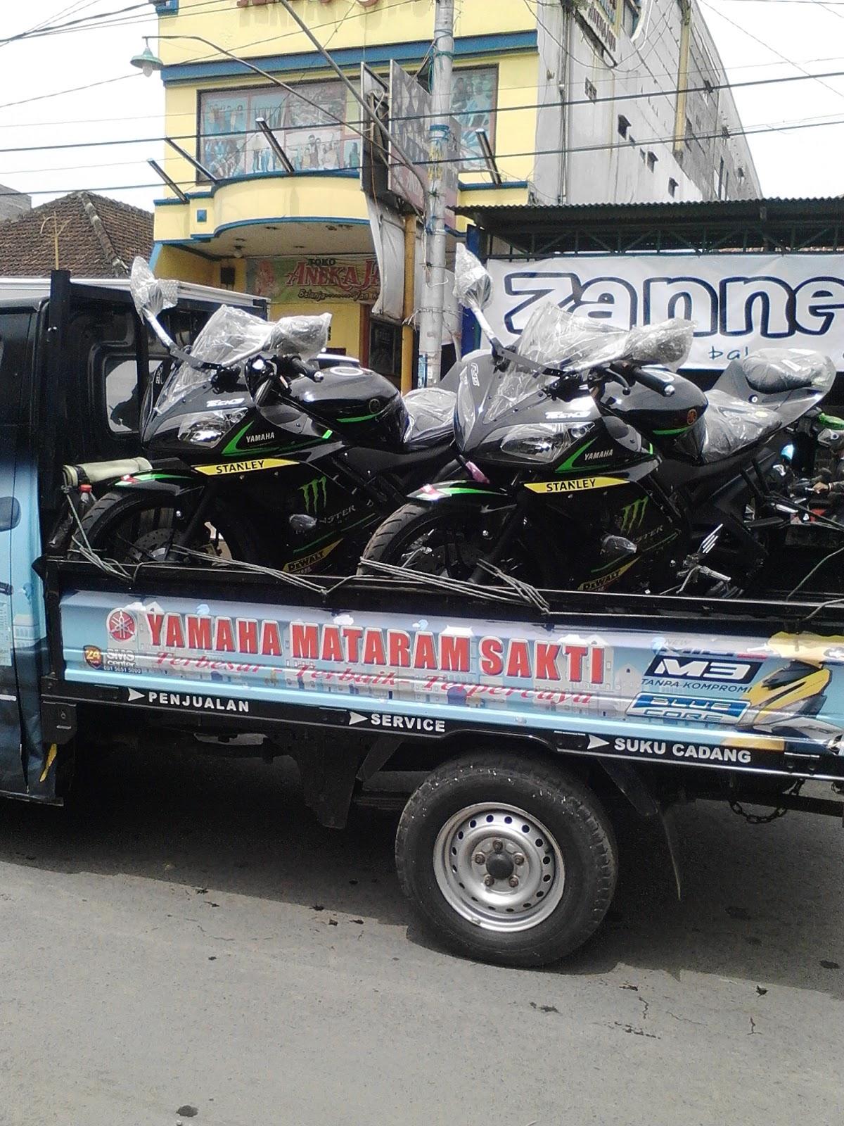 Warna Yzf R15 Terbaru 2016 Rudy Otomotif Yamaha Tampak Depan Tech 3