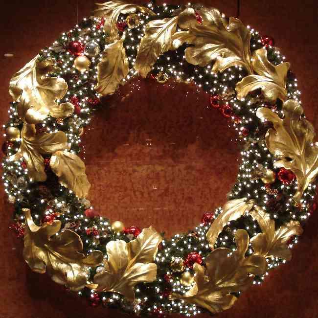 Decoraci n blogger decoraci n con coronas de navidad - Como hacer coronas de navidad ...