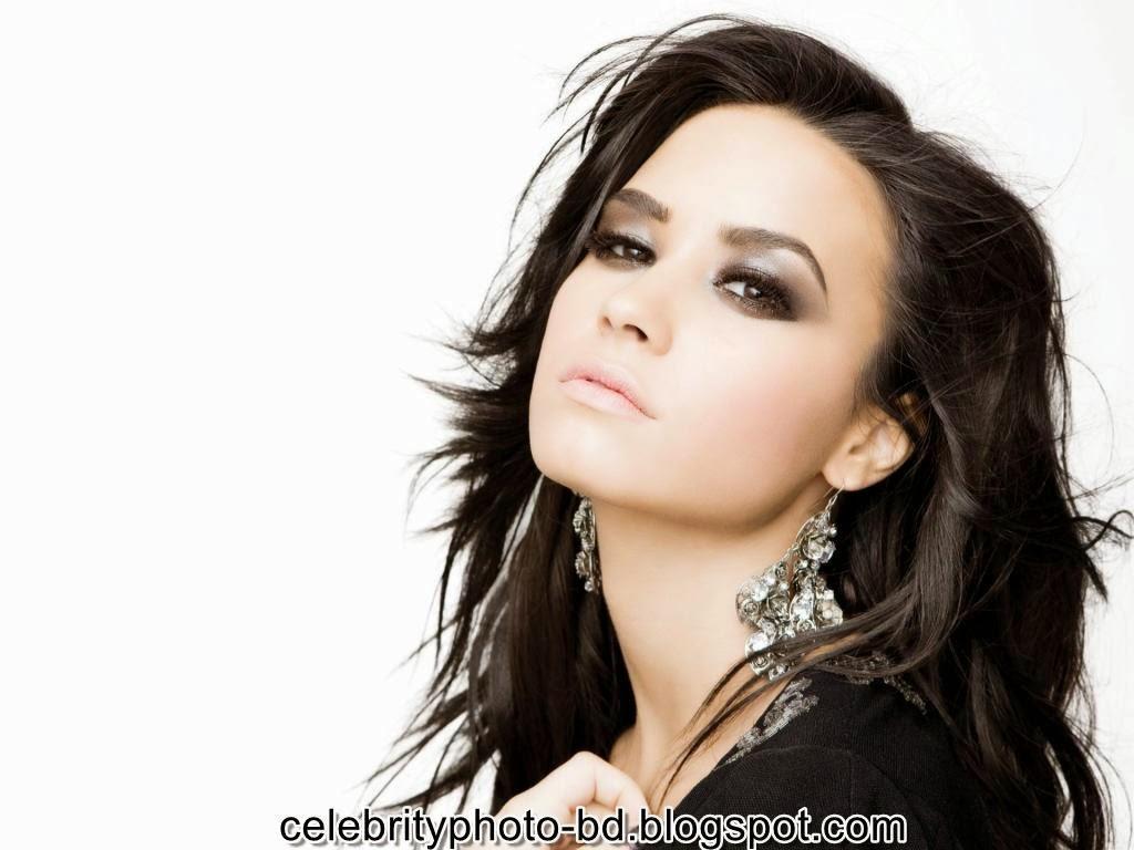Actress+Demi+Lovato+Photos007