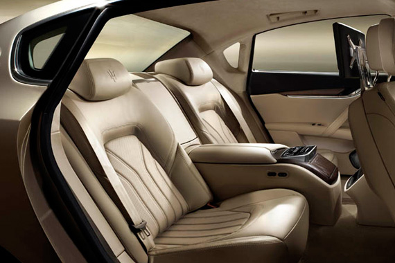2013 MASERATI QUATTROPORTE V8 PERFORMANCE SEDAN  DESIGN - INTERIOR