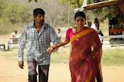 O Manishi Katha Movie Photos Gallery-thumbnail-9
