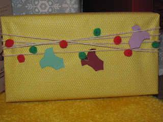 A cute idea to wrap your kids gifts for Christmas!