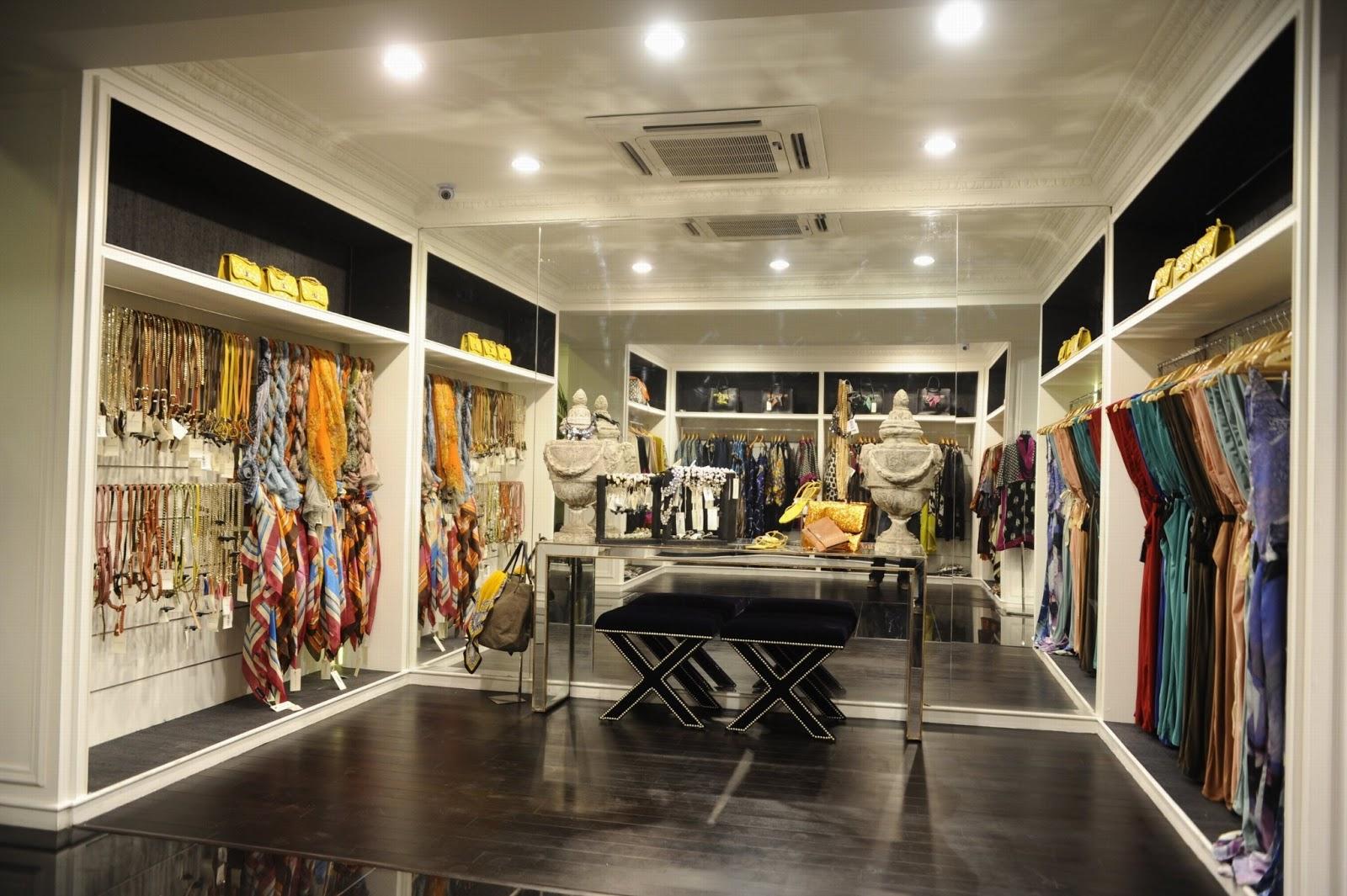Bank fashion store locator 50