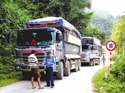 Mức phạt xe quá tải theo luật nhà nước mới nhất 2015