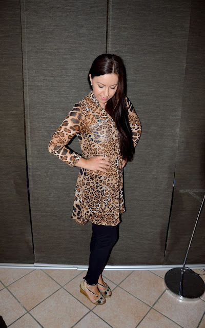 www.rosegal.com/print-dresses/stylish-stand-collar-leopard-print-108492.html?lkid=12132