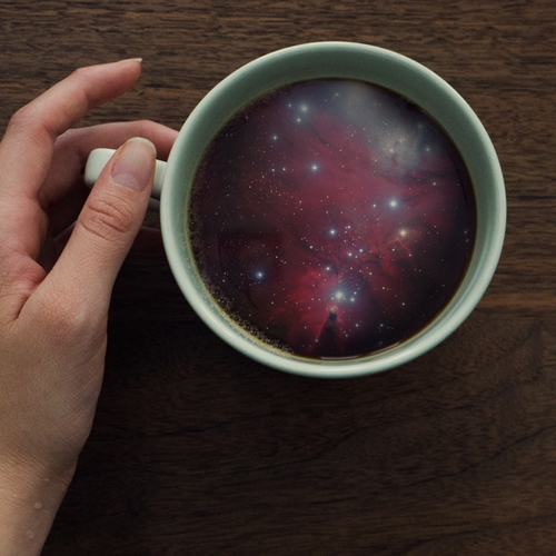 07-Witchoria-The-Universe-with-Stars-and-Galaxies-in-a-Coffee-Cup-www-designstack-co