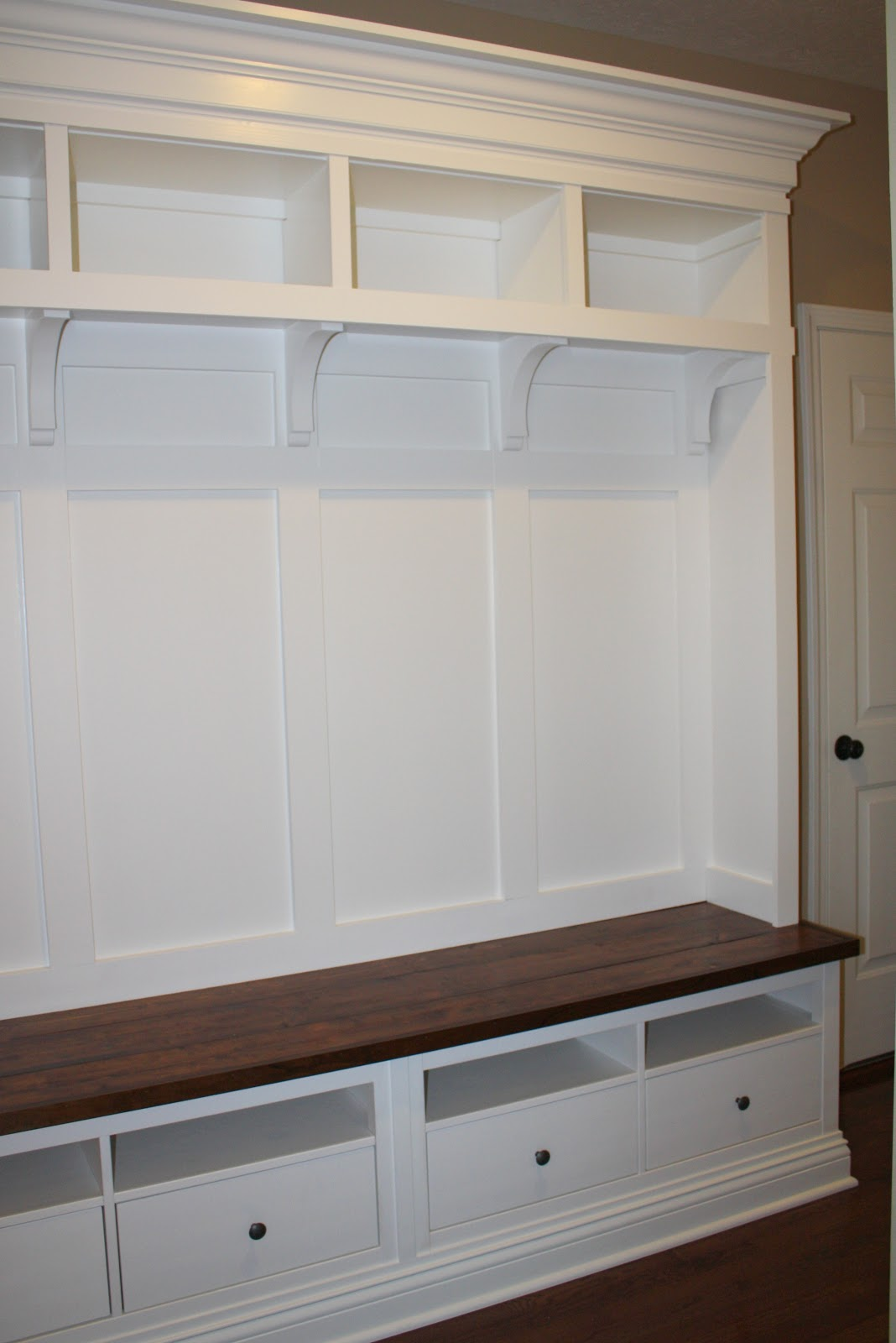 Making mudroom storage from an ikea hack Ikea hacking
