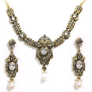 wholesale+fashion+jewellery-3.jpg