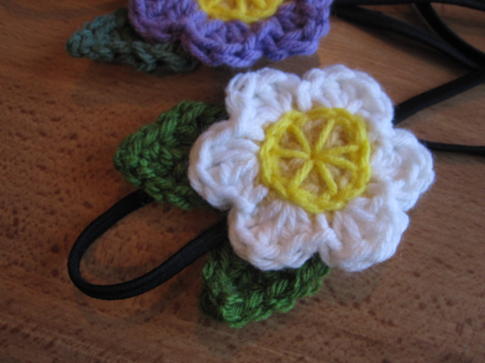Crochet Tutorial Headband : Lively Crochet - Rhythmic Youth: Crochet Bow Headband Tutorial