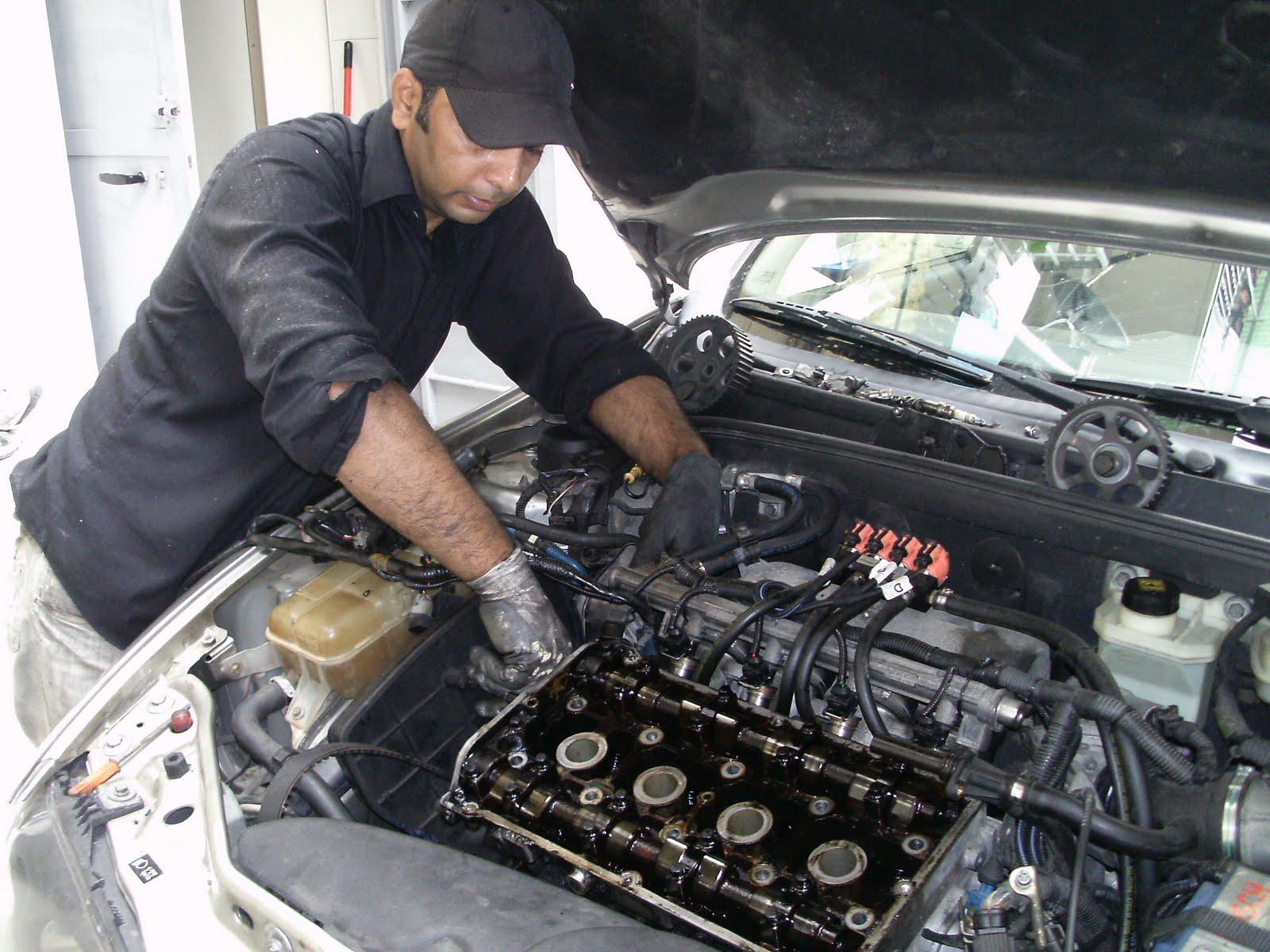 auto mechanic: mechanical engineering