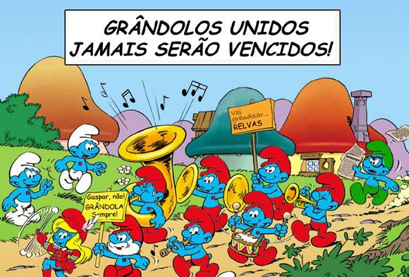 Manifestação de estrunfes: GRÂNDOLOS UNIDOS JAMAIS SERÃO VENCIDOS! Grandolizemos o Relvas! Gaspar, não! Grândola, sempre!