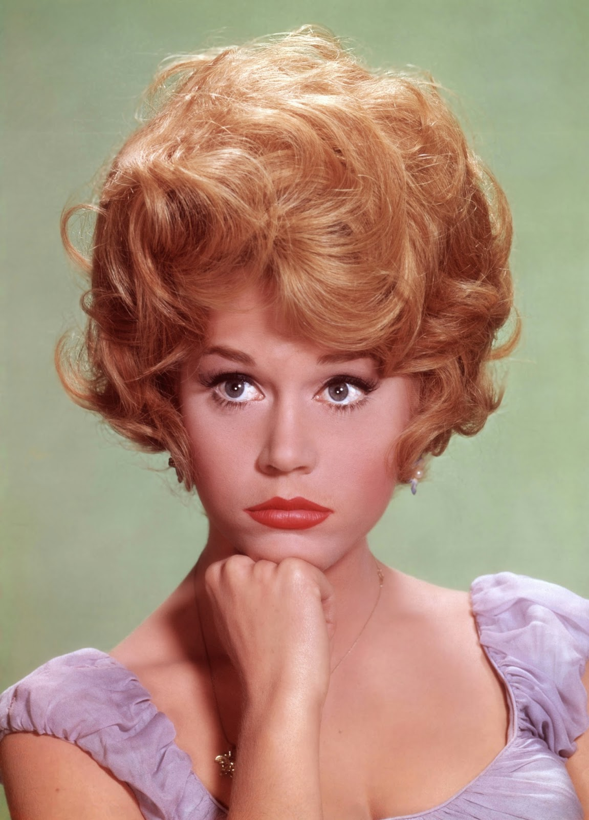 the career of jane fonda an actress and antiwar activist Jane seymour fonda (born december 21, 1937) is an american actress, writer,  political activist  jane fonda did an extraordinary job with her part  and  pride for her anti-war activism: there are hundreds of american delegations that  had.