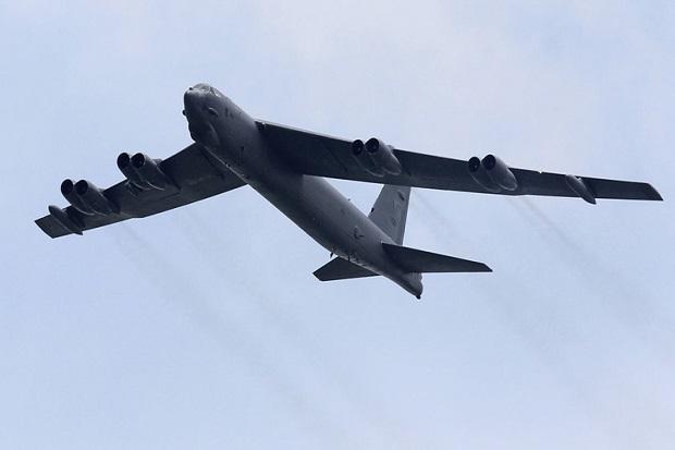 2 Pesawat Pembom Nuklir B-52 AS Bermanuver di Laut Sengketa Cina Selatan