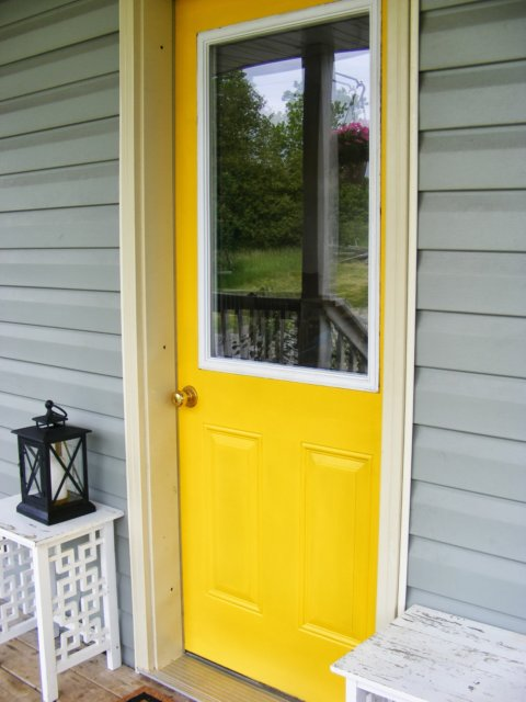 complete guide to imperfect homemaking how to paint an exterior door. Black Bedroom Furniture Sets. Home Design Ideas