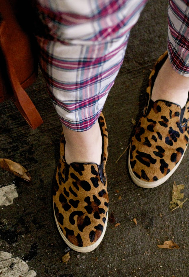 mixing plaid and leopard