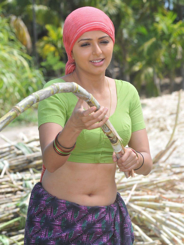 http://3.bp.blogspot.com/-2ym5VxJymV4/TiVt_vtliaI/AAAAAAAAAoU/_3bn4z1VKhU/s1600/malayalam-actress-Bhoomika-n-blouse-stills_123actressphtoosgallery.com_%25282%2529.jpg