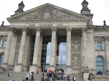 Ein ehemals offenes Reichstagsgebäude