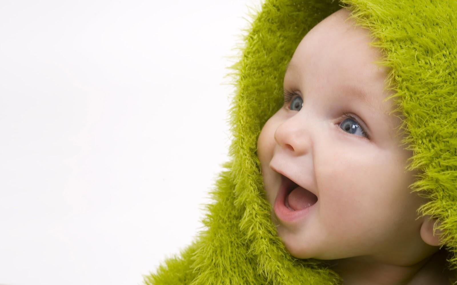 http://3.bp.blogspot.com/-2z0VSPH_RQw/T_BfIzhgygI/AAAAAAAAAH8/0HW7aWHu6cc/s1600/Cute+Baby+Wallpaper.jpg