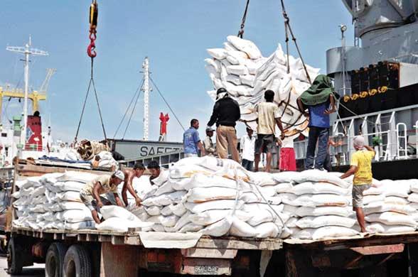 Kebijakan Impor Beras Rugikan Petani