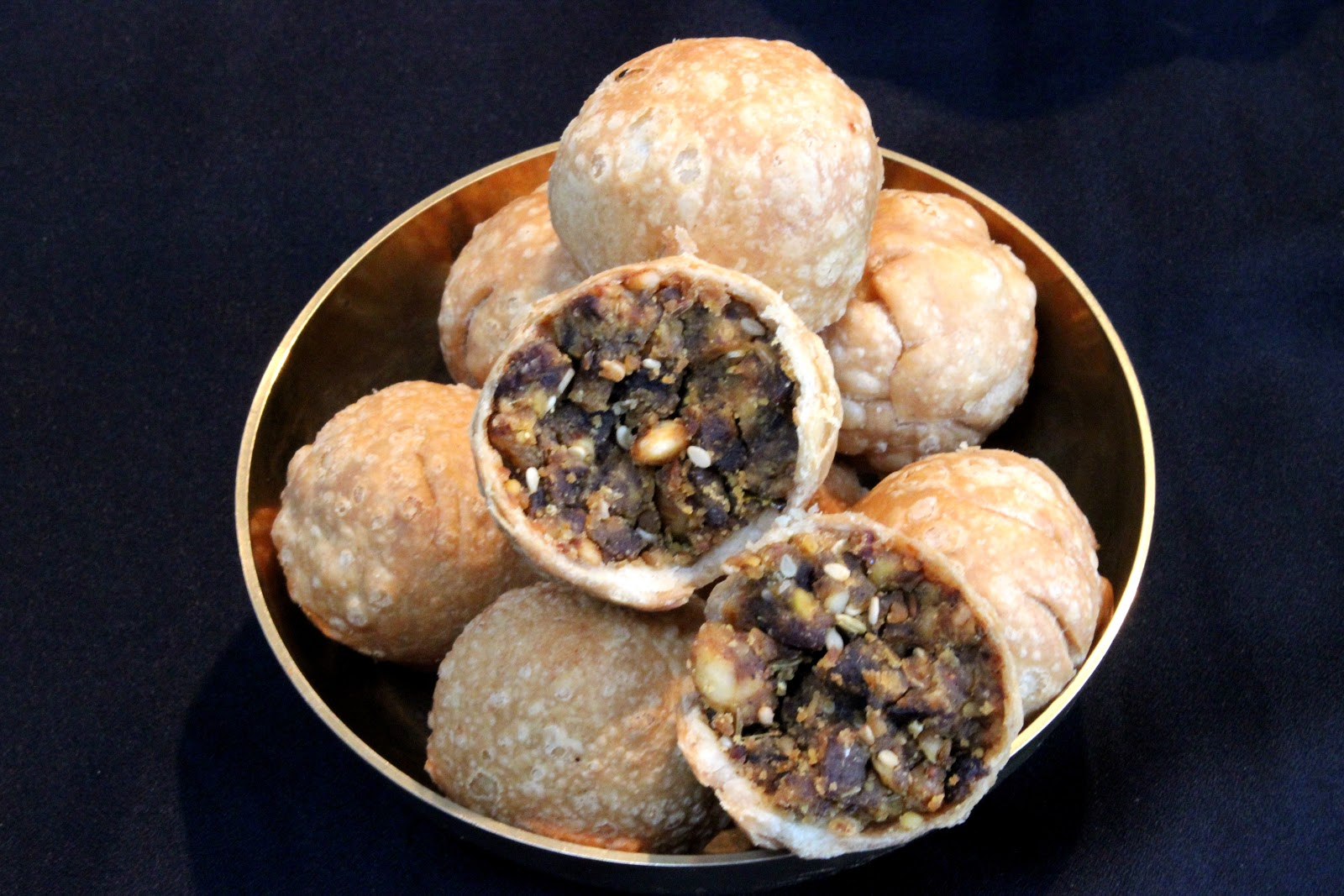 ... Sukha Mewa Kachori - Deep fried pastry filled with Dry Fruit and Nut