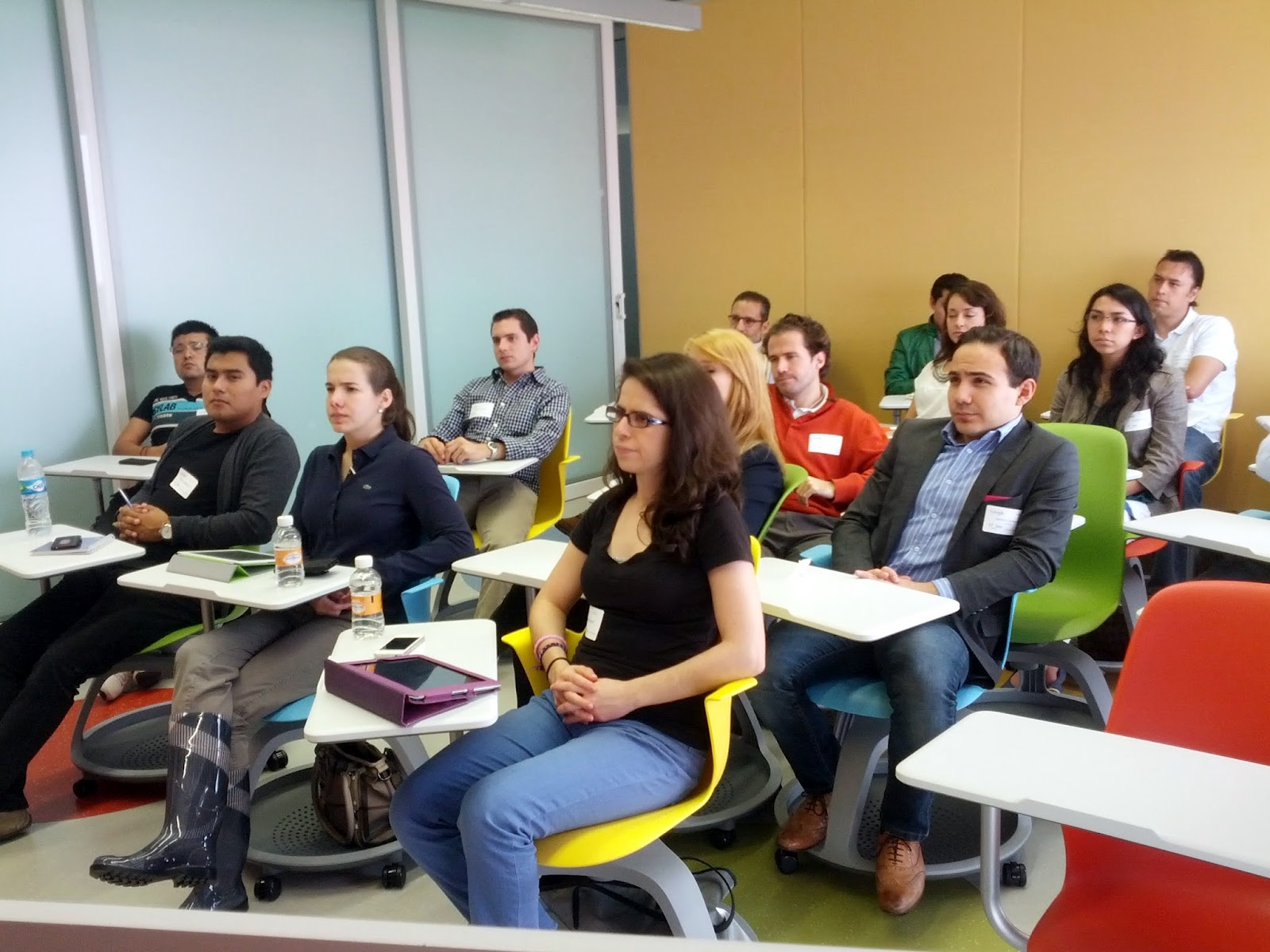 Google developers semana de emprendimiento y for Oficinas google barcelona