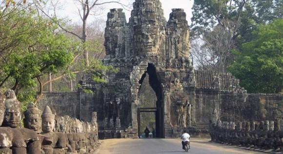 angkor, satu dari 11 sisa peradaban yang pernah hilang