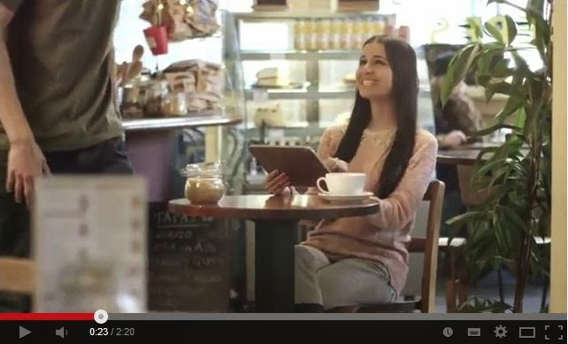 Video of Melanie appearing in Yapital banking commercial